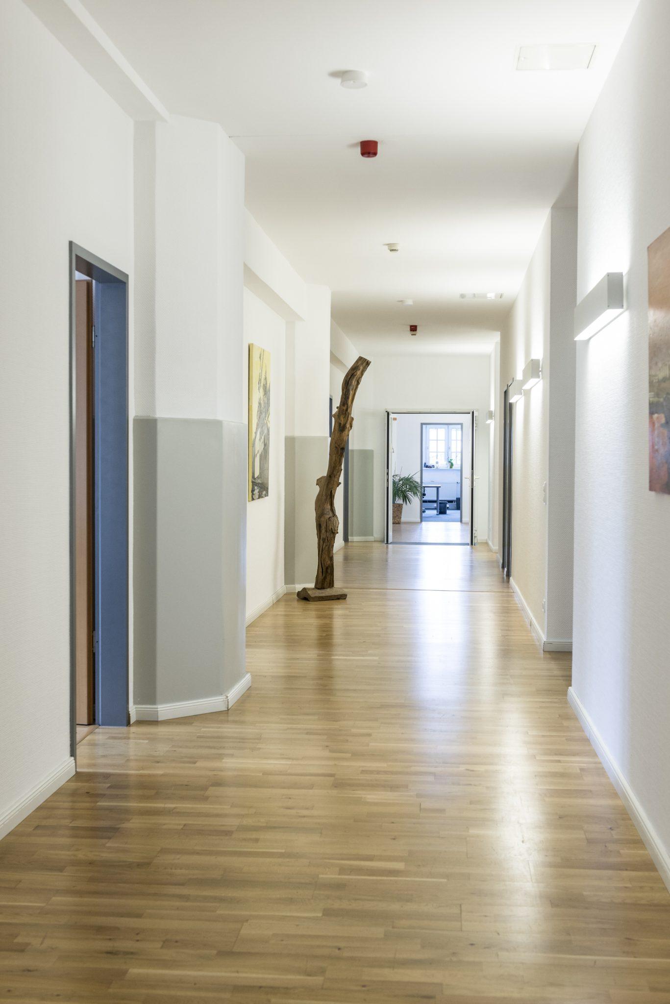 Wirkung Plus corridor